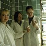 Студенты у биотехнологов
